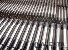 svorníky z ocele 42CrMo4-QT s valcovaným závitom na oboch koncoch